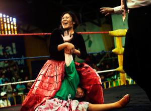 Women wrestlers – Bolivia